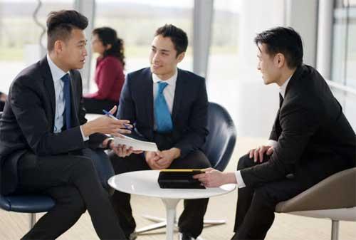 10 Rahasia Memiliki Produktivitas Kerja ala Tony Robbins 02 Karyawan - Finansialku