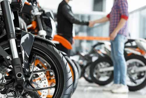 Mau Beli Motor Baru Dengan Kredit? Baca Dulu Tips Kredit Motor Supaya Tidak Salah Ambil!
