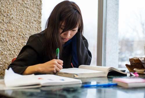Cara-Jitu-Mahasiswa-Meningkatkan-Semangat-Belajar-3-Finansialku