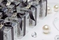 DIY-Ide-Souvenir-Pernikahan-Menawan-0-Finansialku