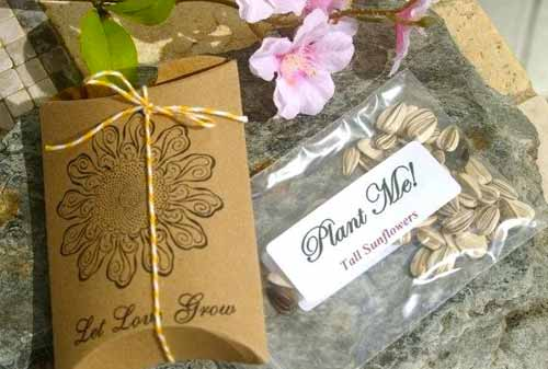 DIY-Ide-Souvenir-Pernikahan-Menawan-5-Finansialku