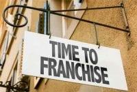 Mari Temukan Alasan dan Keuntungan Memiliki Bisnis Waralaba 01 - Finansialku