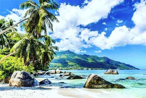 Tempat Wisata yang Akan Hilang Dari Muka Bumi 02 The Seychelles - Finansialku
