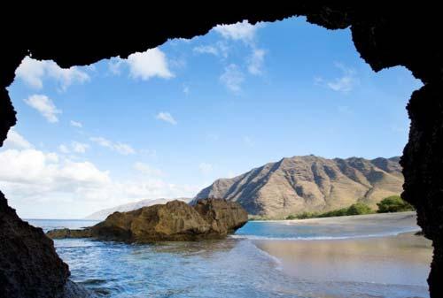 10 Pantai Terbaik Dunia 01 Finansialku