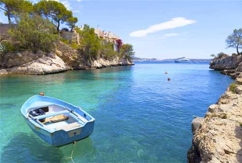 10 Pantai Terbaik Dunia 02 Finansialku