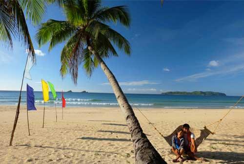 10 Pantai Terbaik Dunia 06 Finansialku