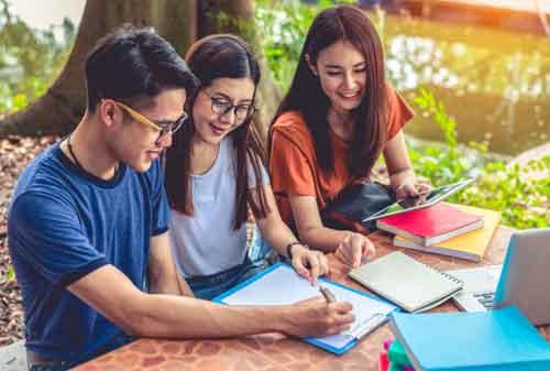 Menjadi Mahasiswa Baru yang Berhasil di Kampus 02 - Finansialku