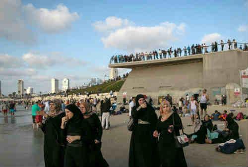 Tradisi Unik Lebaran di Dunia 08 Palestina - Finansialku