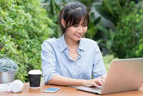 Atur Waktu Kuliah Sambil Kerja 01 Mahasiswa - Finansialku