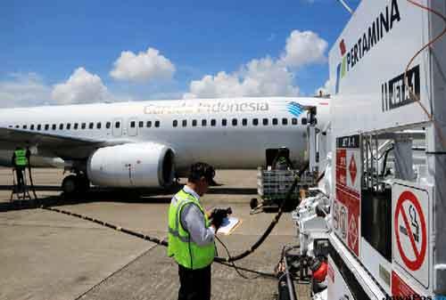Cara Menyiasati Tiket Pesawat Naik Supaya Liburan Tetap Hemat 02 Kenaikan Avtur