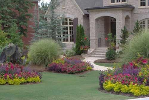 Model-Rumah-Sederhana-dengan-Taman-08-Finansialku