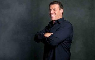 Resep-Mengembangkan-Bisnis-Ala-Tony-Robbins-01-Finansialku