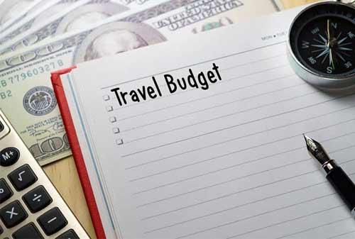 Tips-Liburan-Enggak-Over-Budget-02-Finansialku