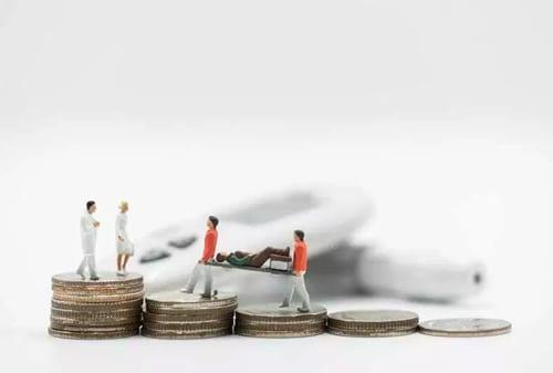 Yang-Perlu-Dihindari-dalam-Memilih-Asuransi-Perjalanan-02-Finansialku