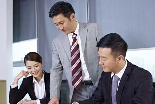 Bagaimana Cara Membuktikan Anda Memiliki Kualitas Kepemimpinan 1 Finansialku