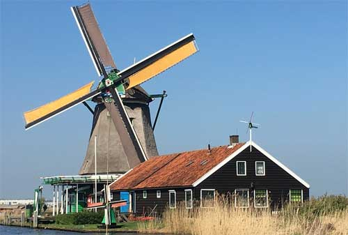 Yuk Intip Model dan Desain Rumah Kolonial Belanda nan Klasik dan Elegan