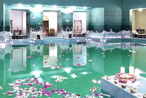 Kolam Renang Termahal di Dunia 09 Umaid Bhawan Palace - Finansialku