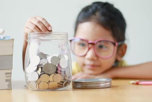 Mom and Dad! Ketahui 15 Cara Jitu Mengajarkan Anak Tentang Keuangan 2 Finansialku