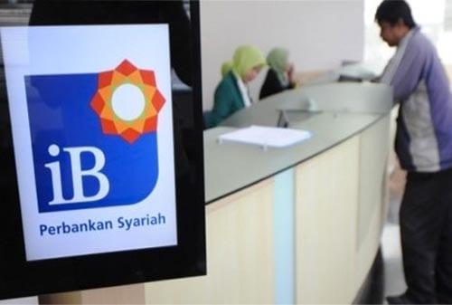 Peranan Keuangan Syariah dalam Memperkuat Perekonomian Indonesia 03 FInansialku