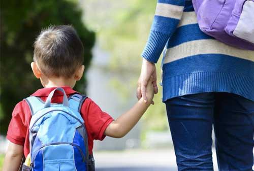 Tips Mempersiapkan Hari Pertama Sekolah Anak Finansialku 2