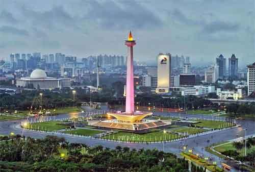 Wisata Sejarah Kemerdekaan Indonesia 02 Monumen Nasional - Finansialku