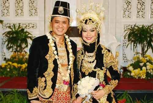 Definisi Amalgamasi Adalah 02 Pernikahan - Finansialku