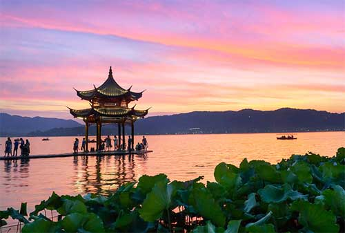 Destinasi Wisata Hangzhou 03 West Lake - Finansialku