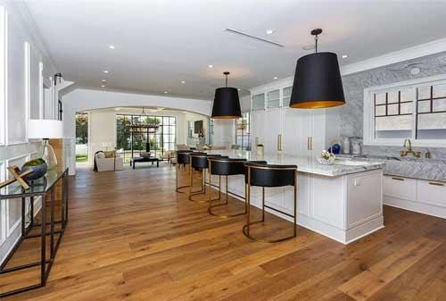 Penampakan Desain RumahMargot Robbie yang Harganya Bikin Melongo 3 Finansialku