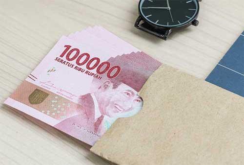 Antara Pasif Income Online dan Pasif Income Offline 02 Uang Rupiah - Finansialku
