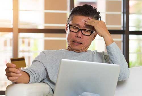 Beli Kue di China Pakai Cicilan Kartu Kredit 3 Tahun Begini Perilaku Milenial Di Sana 04 Orang tua - Finansialku