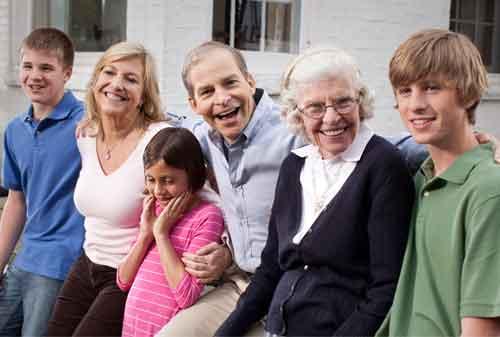 Fakta Menarik 25 Keluarga Terkaya di Dunia yang Menjadi Sorotan Publik 20 Johnson SC - Finansialku