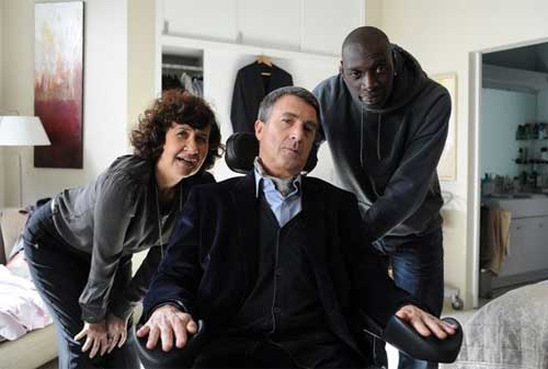 Film The Intouchables (2011) 03 - Finansialku