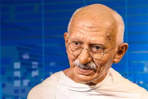 Gaya Kepemimpinan Ala Mahatma Gandhi yang Perlu Anda Tiru