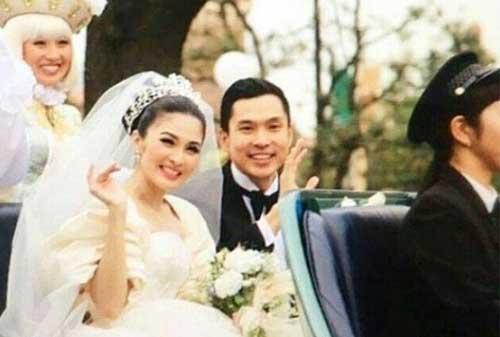 Mau Menikah Tapi Belum Mapan Begini Caranya! 02 Sandra Dewi Wedding - Finansialku