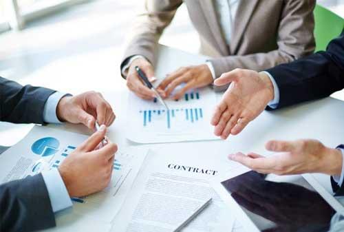 Rahasia Mengembangkan Keahlian Negosiasi Untuk Karyawan Pemula 04 Berdiskusi - Finansialku