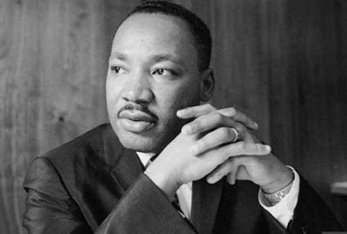 99+ Kata-kata Martin Luther King Jr yang Penuh Motivasi 04 - Finansialku
