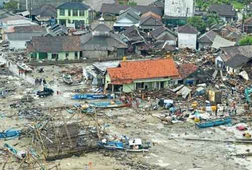 Belajar Dari Tsunami Selat Sunda Persiapkan Jiwa Sebelum Tsunami Melanda 01 Bencana Alam - Finansialku