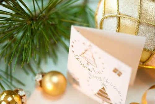 Contoh Keren dan Trik Mudah Membuat Kartu Ucapan Selamat Natal 05 - Finansialku