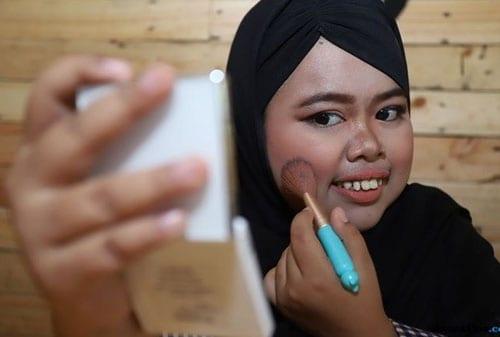 Pebisnis Perlu Belajar dari Youtuber Viral Rahmawati Kekeyi Putri 02 Rahmawati Kekeyi 1 - Finansialku