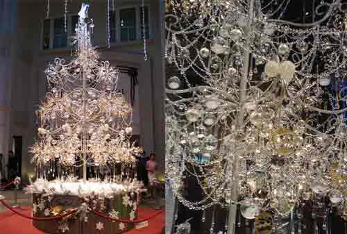 Pohon Natal 05 (Soo Kee Jewelry Shop Diamond Tree) - Finansialku