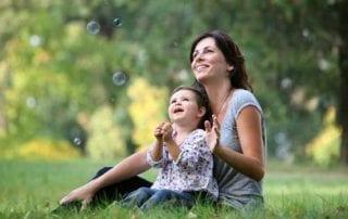 Takut Jadi Single parent Ketahui Sekarang 5 Keuntungan Single parent 01 - Finansialku