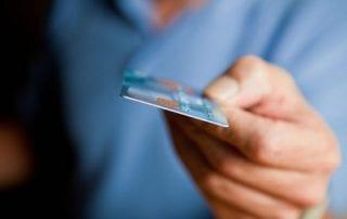 Hati-hati! Begini Menggunakan Kartu Kredit untuk Modal Bisnis Dengan Aman 01 - Finansialku