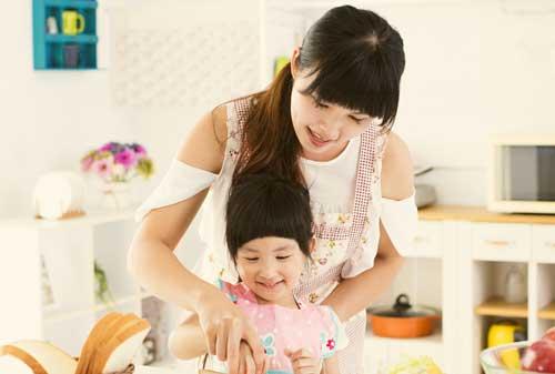 Rahasia dan Tips Investasi untuk Ibu Rumah Tangga Ala Finansialku 02 Ibu dan Anak - Finansialku