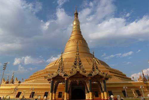 Tempat Wisata Myanmar 03 (Uppatasanti Pagoda) - Finansialku
