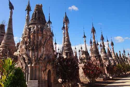Tempat Wisata Myanmar 14 (Kakku Pagodas) - Finansialku