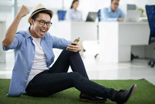 Anda Tertarik Dengan Bisnis Pulsa Ini 10 Tips Sukses Membangun Bisnis Jualan Pulsa 01 - Finansialku
