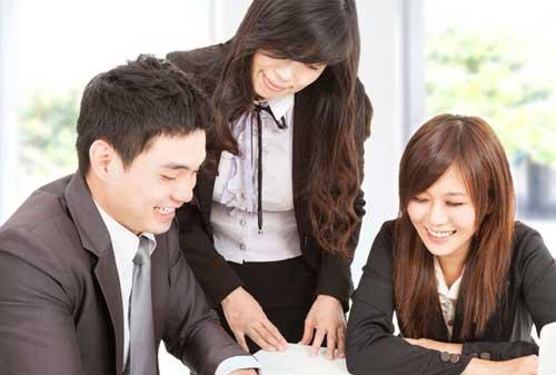 Kenali Metode Penilaian Kinerja Karyawan yang Efektif dan Efisien 03 Karyawan 3 - Finansialku