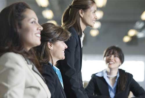 Kenali Metode Penilaian Kinerja Karyawan yang Efektif dan Efisien 04 Karyawan 4 - Finansialku