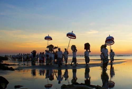 Menikmati Liburan Saat Nyepi di Bali 03 - Finansialku