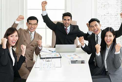 Polling Menurut Anda, Apa Tanda Bisnis yang Berhasil 02 Bisnis Berhasil 2 - Finansialku